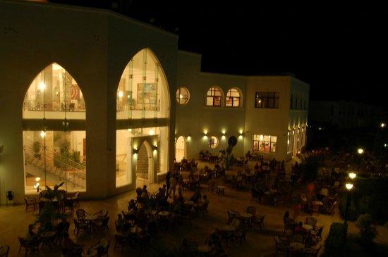 Gorgonia Beach Resort : Garden Bar