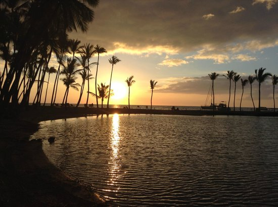 Anaehoomalu: A-Bay and lagoon at sunset