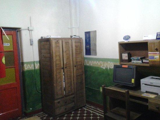 Casa Pueblo Hostel: Sala de computacion