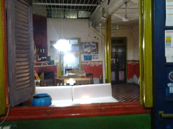 Casa Pueblo Hostel: Sala y comedor