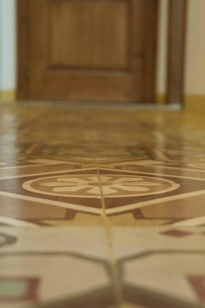 Casa Trapanese : watch the floor