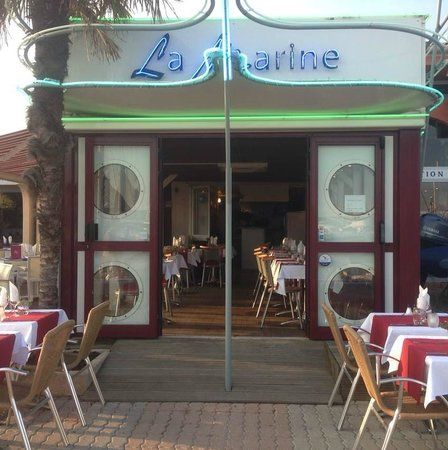La marine saint raphael restaurant reviews phone number photos tripadvisor - Restaurant la table st raphael ...