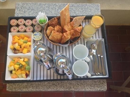Columbus Monte-Carlo: Petit déjeuner complet