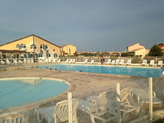 Apartamentos Maeva Hôtel La Socanelle: piscine