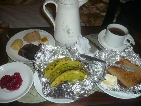 Hotel 233 Park Street: Petit-déjeuner