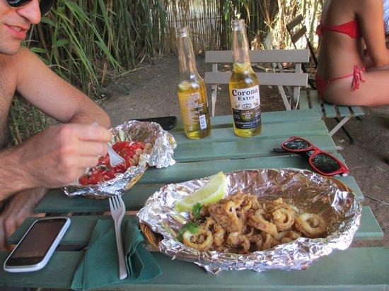 LuBar : Frittura di calamari e insalata di pasta ai pomodori