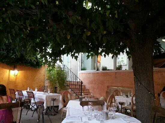 Autour du Jardin : la terrasse