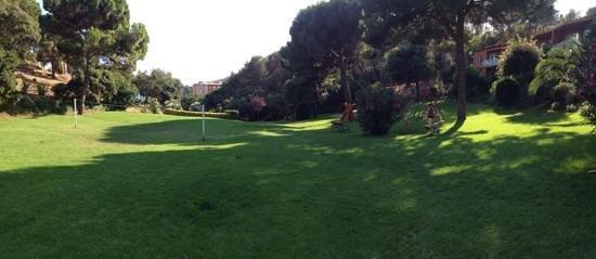 Albamar: le parc avec aire de jeux pour enfant