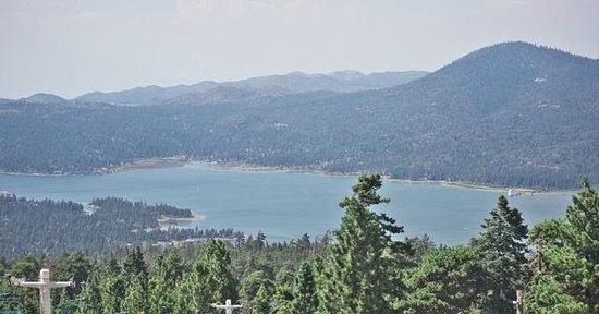 Snow Summit: Big Bear Lake from a location near Summit Haus