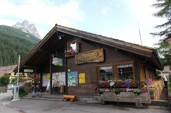 Camping Catinaccio Rosengarten: Reception