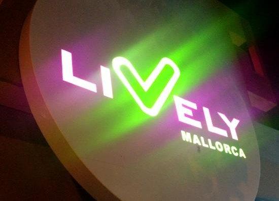 Lively Mallorca : logo