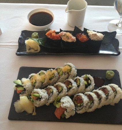 Fairmont Pacific Rim: Delicious makis ans sushis