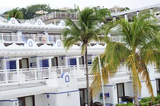 Beaches Ocho Rios Resort & Golf Club: Beach rooms