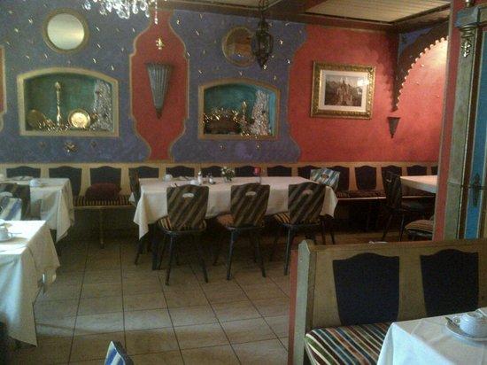 Altstadthotel Zum Hechten: Seconda sala colazione