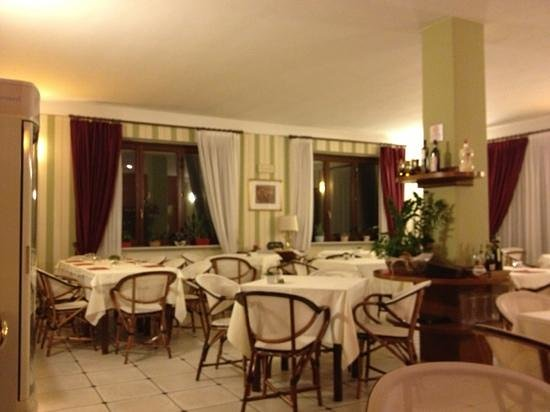 Ristorante Pizzeria Liberty: sala interna
