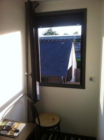 taille de fenetre taille fenetre pvc fenetre guillotine. Black Bedroom Furniture Sets. Home Design Ideas
