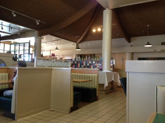 Lawrence's Restaurant: Stravaganza Grill