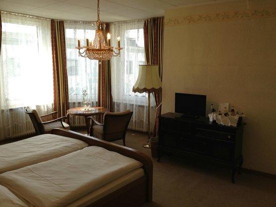 Sagaland Rhein Hotel: Quarto duplo