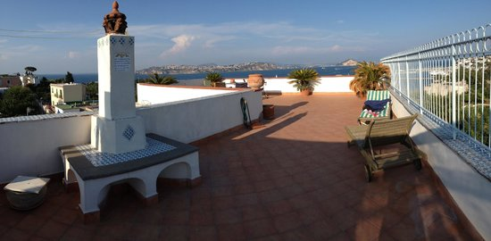 BED & BREAKFAST LA TERRAZZA: Bewertungen & Fotos (Procida, Italien ...