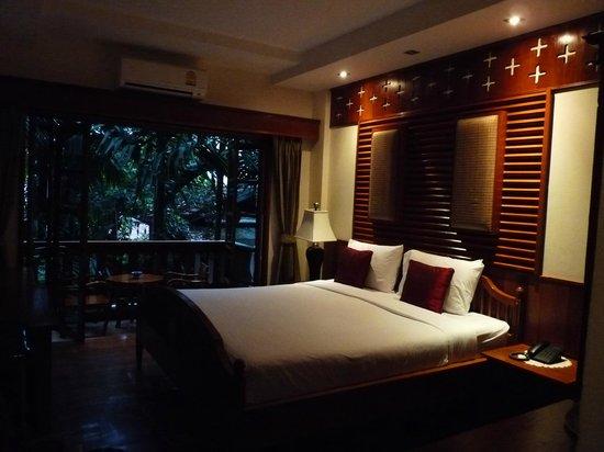 Sri Pat Guest House: chambre +balcon