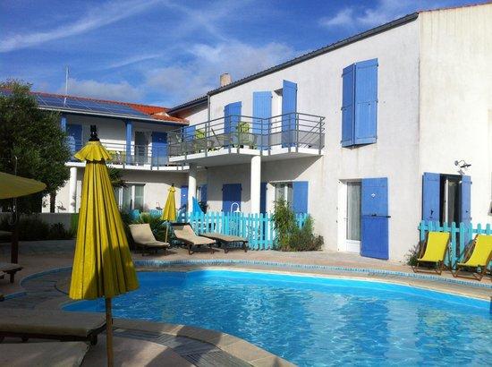 Atlantic Hôtel : La piscine
