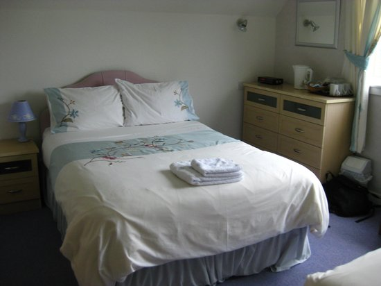 Craigmonie Bed and Breakfast: chambre 3 pers
