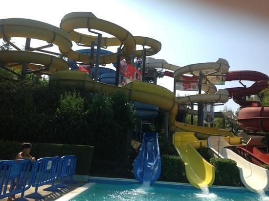 Aqualand del Vasto : toboga