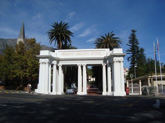 Belmond Mount Nelson Hotel : Portão principal
