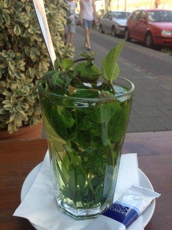Luang Prabang : Fresh mint tea