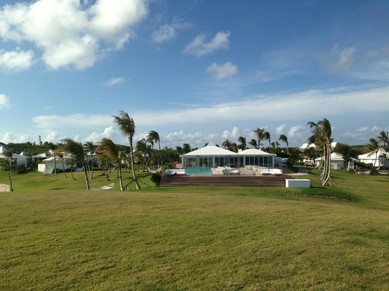 The Cove Eleuthera: Typical shot of the grounds