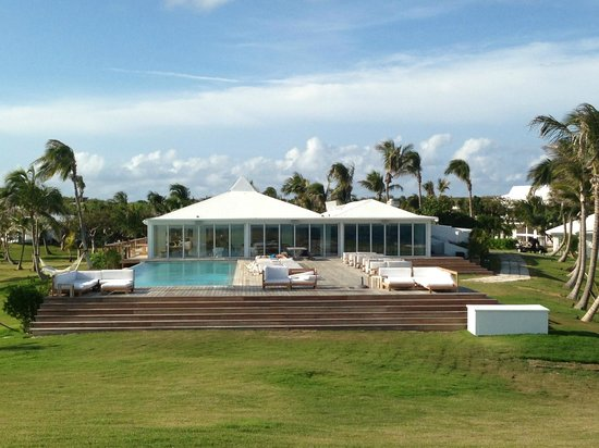 The Cove Eleuthera: Rooms on the beach