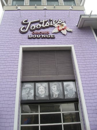 Tootsie's Orchid Lounge: Outside