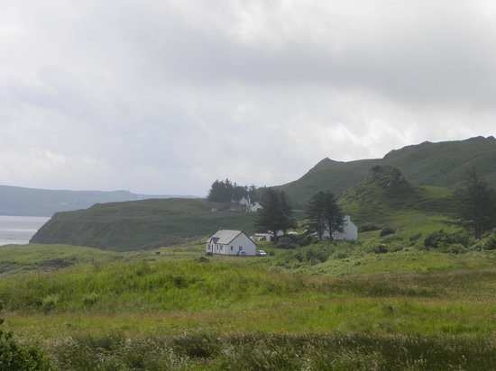 Seabound Bed and Breakfast: Looking to the Seabound