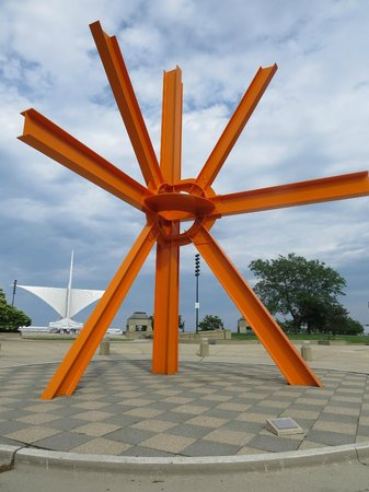 Lakefront Trail: The Sunburst art work near the lake and museum