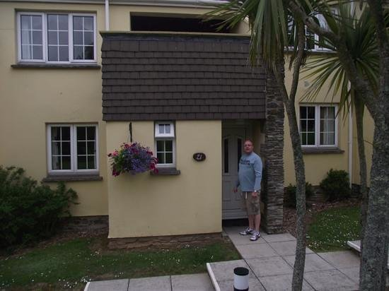 Carvynick Country Cottages: outside 21