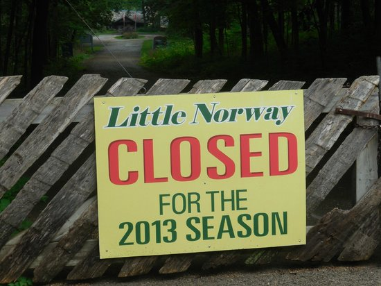 ‪‪Little Norway‬: Sign at the main entrance‬