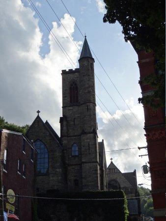 Jim Thorpe Memorial: The Episcopal Church