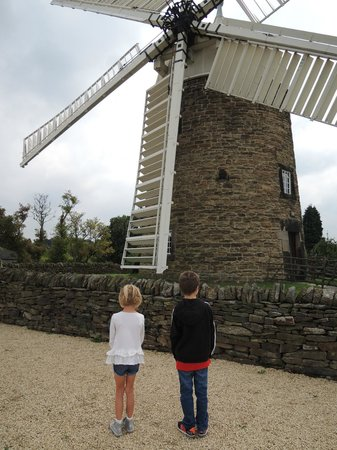 Heage Windmill: Wow a perfect Windmill