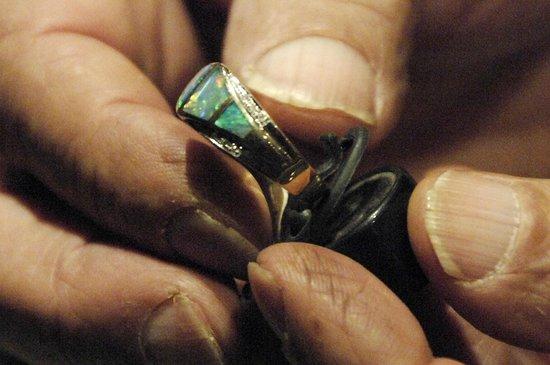 Tom's Working Opal Mine : a sample of their fine opal jewellery