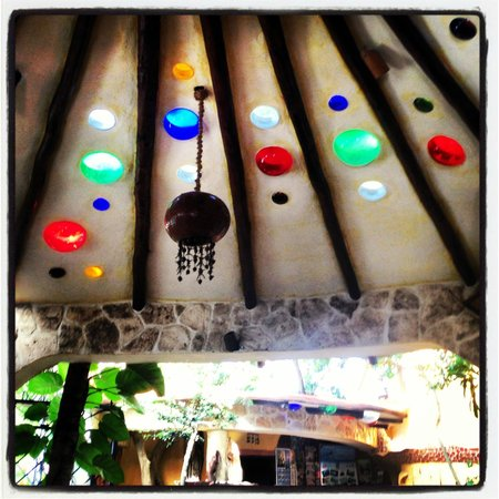Maison Tulum: Funky Ceiling at the Bakery/Restaurant