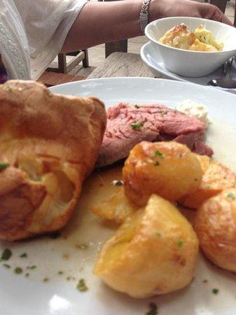The Angel Inn: roast beef