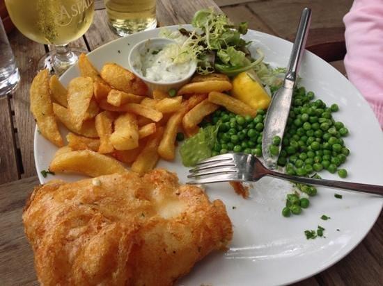The Angel Inn: fish n chips