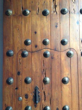 Museo Textil de Oaxaca: La puerta del museo, de admirarse desde ahí...