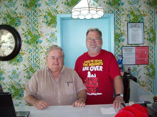 Waikiki Village : Me & Larry
