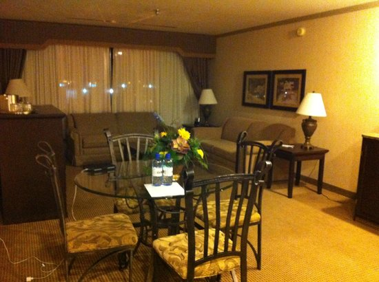 Best Western Plus Port O'Call Hotel : Upgraded room