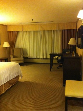 BEST WESTERN PLUS Port O' Call Hotel: Upgraded room with King bed