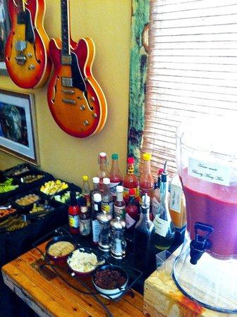 Atchafalaya : Build your own Bloody Mary bar