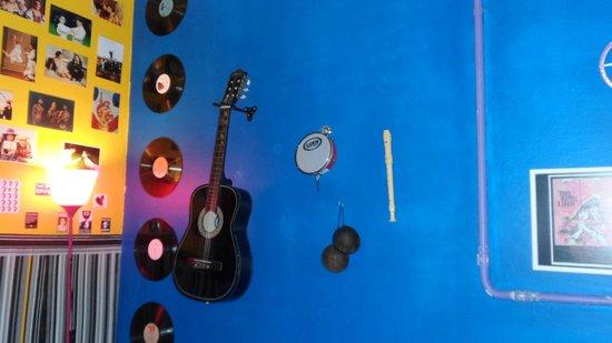 Rio Aplauso Hostel: Musical decoration