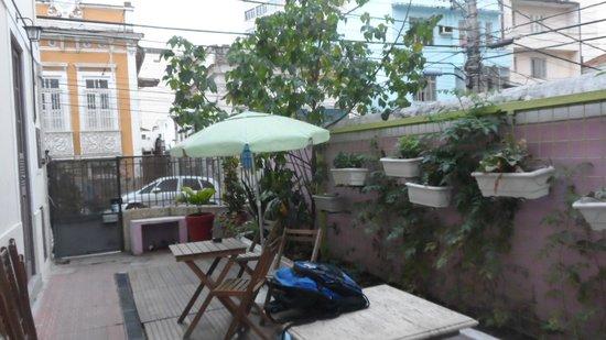 Rio Aplauso Hostel: Varanda