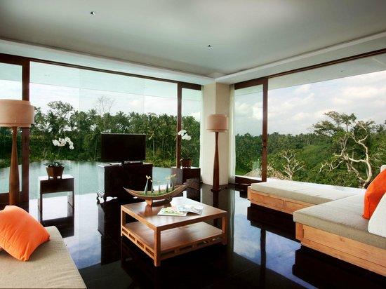 Kamandalu Ubud: Three Bedroom Pool Villa - Living Room